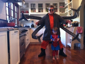 Mythbuster Adam Savage made comedian Patton Oswalt a kick ass Doc Ock costume for Halloween so he could match with his daughter's Spiderman.