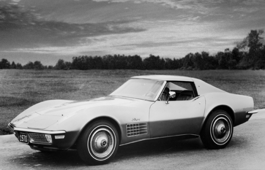 The C3 Corvette.  Made from 1968 to 1982.  Dags' preferred Corvette body style.